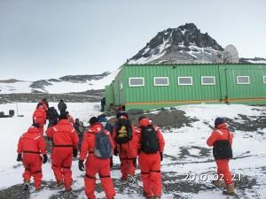 南極の巻田先生から続報①