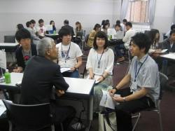 歴代在外公館派遣員と青年海外協力隊OBによる「学生交流会・OBの集い」②