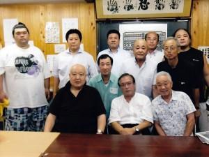 東海連合会が大相撲千賀ノ浦部屋を訪れる
