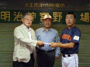 千葉県支部有志で東都大学野球開幕戦応援ツアーを実施①