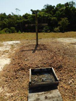南部先輩らしい木の十字架