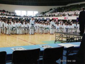 田中先輩を前に整列する選手たち