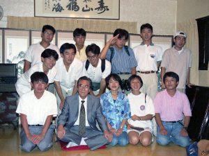 1994年9月 コリア文化研究会の学生と